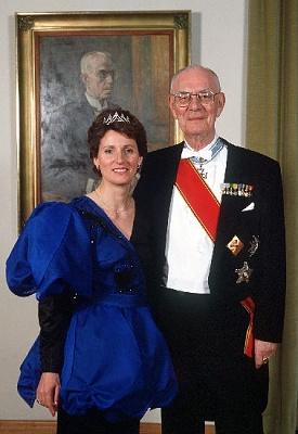 Click image for larger version  Name:Lennart & Sonja 1989.jpe Views:439 Size:37.1 KB ID:70197