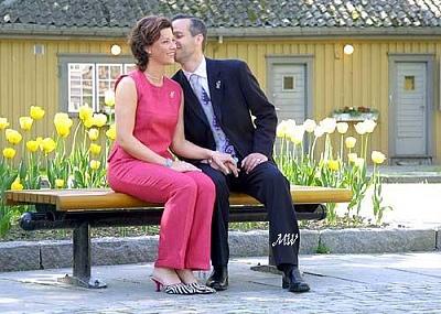 Click image for larger version  Name:Brudeparet 14 NRK.jpg Views:218 Size:59.7 KB ID:73795