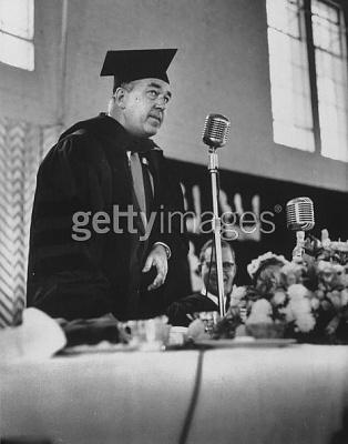 Click image for larger version  Name:Gustavus Adolphus College i Minnesota 1 Maj 1958.jpg Views:255 Size:33.4 KB ID:75409