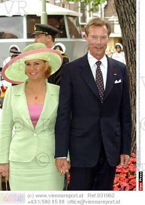 Click image for larger version  Name:christening of Princess Catharina Amalia.jpg Views:775 Size:25.9 KB ID:76014