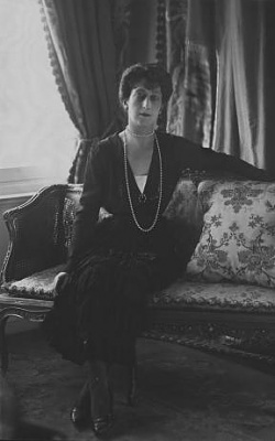 Click image for larger version  Name:1929-05-00 Queen Maud 01.jpg Views:318 Size:15.0 KB ID:77609