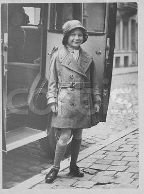 Click image for larger version  Name:little Josephine Charlotte 1935.jpg Views:610 Size:27.8 KB ID:78122