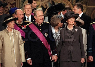 Click image for larger version  Name:wedding Philippe Matilde 4.12.1999.jpg Views:367 Size:51.4 KB ID:78221