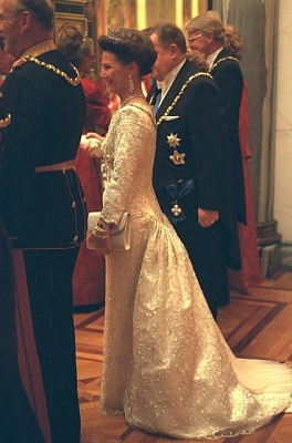 Click image for larger version  Name:1997-01-14 Gala 09 APL.JPG Views:761 Size:39.6 KB ID:80291