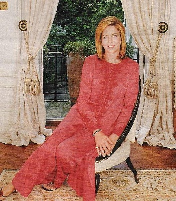 Click image for larger version  Name:queennoor (1).jpg Views:177 Size:89.8 KB ID:80505