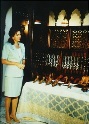 Click image for larger version  Name:queen-noor.jpg Views:216 Size:43.6 KB ID:81772