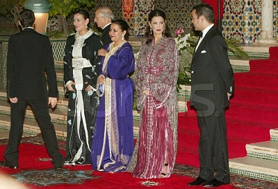 Click image for larger version  Name:lalla-hasna with sisters and brother.jpg Views:1226 Size:62.8 KB ID:85913