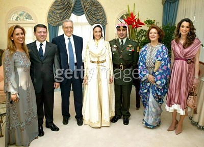 Click image for larger version  Name:s reem mother in blue moroccan takchita.JPG Views:707 Size:51.5 KB ID:85921