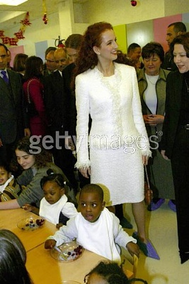 Click image for larger version  Name:in chanel paris2003.JPG Views:435 Size:39.6 KB ID:89229