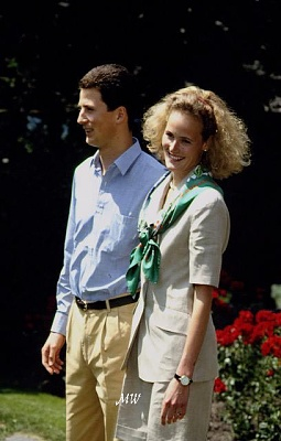 Click image for larger version  Name:1993-07-01 Alois & Sophie 09.jpg Views:549 Size:49.4 KB ID:89868