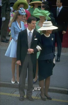 Click image for larger version  Name:1993-07-03 Alois & Sophie 02.jpg Views:693 Size:33.9 KB ID:89897