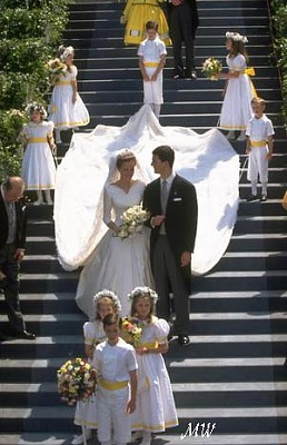 Click image for larger version  Name:1993-07-03 Alois & Sophie 22.jpg Views:629 Size:49.5 KB ID:89922
