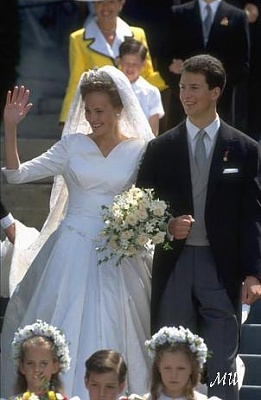 Click image for larger version  Name:1993-07-03 Alois & Sophie 25.jpg Views:547 Size:39.5 KB ID:89925