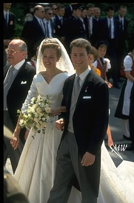 Click image for larger version  Name:1993-07-03 Alois & Sophie 28.jpg Views:2244 Size:38.9 KB ID:89928