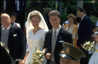 Click image for larger version  Name:1993-07-03 Alois & Sophie 29.jpg Views:2854 Size:53.5 KB ID:89929