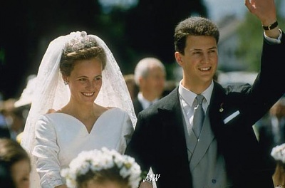 Click image for larger version  Name:1993-07-03 Alois & Sophie 34.jpg Views:483 Size:43.1 KB ID:89935