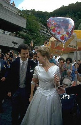 Click image for larger version  Name:1993-07-03 Alois & Sophie 50.jpg Views:632 Size:40.7 KB ID:89951