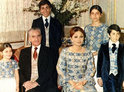 Click image for larger version  Name:Shah-Family.jpg Views:617 Size:42.0 KB ID:91320