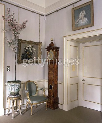 Click image for larger version  Name:A Corner of The Morning Room.jpg Views:6826 Size:43.0 KB ID:92787