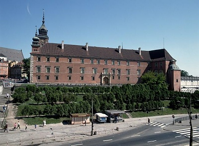 Click image for larger version  Name:Royal Castle 11.jpg Views:288 Size:62.5 KB ID:93332