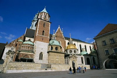 Click image for larger version  Name:Wawel Castle Krakow 01.jpg Views:287 Size:42.5 KB ID:93354