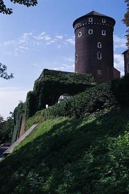 Click image for larger version  Name:Wawel Castle Krakow 02 Tower.JPG Views:299 Size:26.0 KB ID:93355