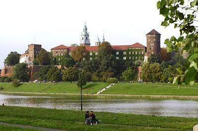 Click image for larger version  Name:Wawel Castle Krakow 03 Vistula River.JPG Views:291 Size:49.3 KB ID:93356