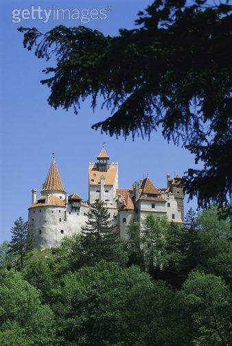 Click image for larger version  Name:Bran Castle 01 Transylvania.JPG Views:39 Size:38.1 KB ID:94394
