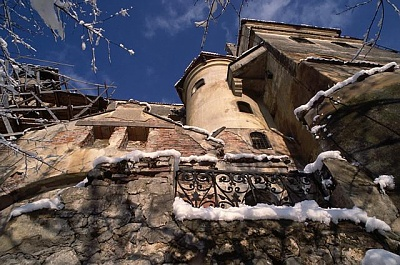 Click image for larger version  Name:Bran Castle 04 APL.jpg Views:460 Size:65.4 KB ID:94398
