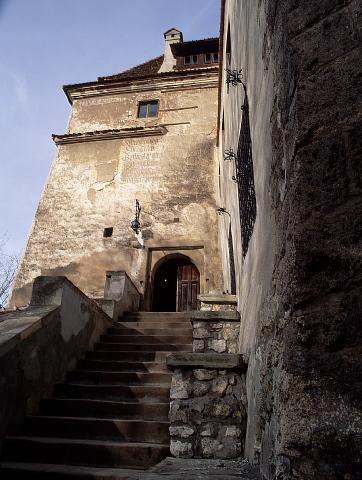 Click image for larger version  Name:Bran Castle 06 APL.jpg Views:24 Size:37.2 KB ID:94400