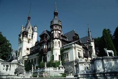 Click image for larger version  Name:Peles Castle 01.jpg Views:445 Size:46.8 KB ID:94407