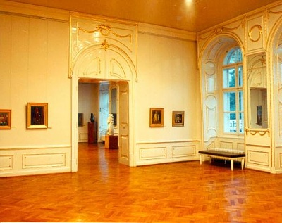 Click image for larger version  Name:Banffy Palace 08.jpg Views:332 Size:32.9 KB ID:94465