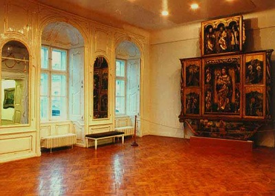 Click image for larger version  Name:Banffy Palace 09.jpg Views:341 Size:37.7 KB ID:94466