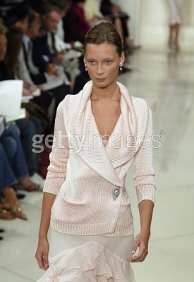 Click image for larger version  Name:Ralph Lauren Couture Spring 2005a.jpg Views:176 Size:32.0 KB ID:95431