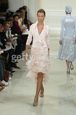 Click image for larger version  Name:Ralph Lauren Couture Spring 2005ab.jpg Views:228 Size:30.0 KB ID:95432