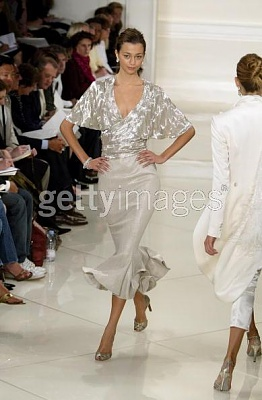 Click image for larger version  Name:Ralph Lauren Couture Spring 2005b.jpg Views:201 Size:32.9 KB ID:95433