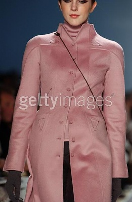 Click image for larger version  Name:Chado Ralph Rucci Fall 2005a.jpg Views:167 Size:27.0 KB ID:95456