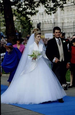Click image for larger version  Name:1993-10-08 Wedding 13.jpg Views:548 Size:53.1 KB ID:99610