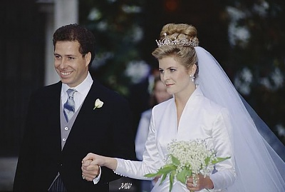 Click image for larger version  Name:1993-10-08 Wedding 17.jpg Views:575 Size:42.2 KB ID:99615
