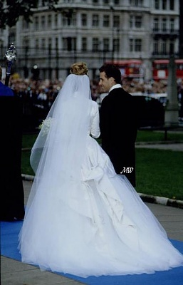 Click image for larger version  Name:1993-10-08 Wedding 24.jpg Views:16865 Size:44.3 KB ID:99621