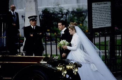 Click image for larger version  Name:1993-10-08 Wedding 25.jpg Views:15248 Size:51.6 KB ID:99622
